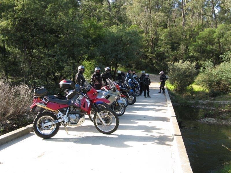 A brief stop on a causeway over the Tambo River in 2010