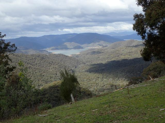 Lake Eildon from Maintongoon Rd